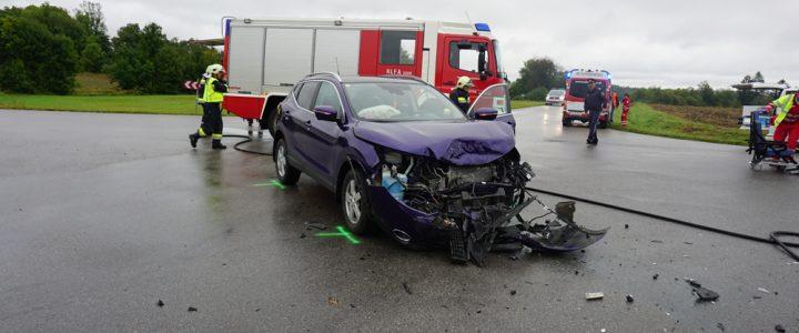 Verkehrsunfall fordert 4 Verletzte