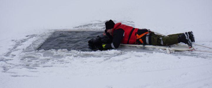 Eisrettungsübung gemeinsam mit der Wasserrettung und dem Roten Kreuz Allentsteig am 03.03.2018